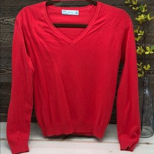 ZARA Large Sweater with Long sleeves. EUC.